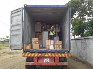 150107 scarico container